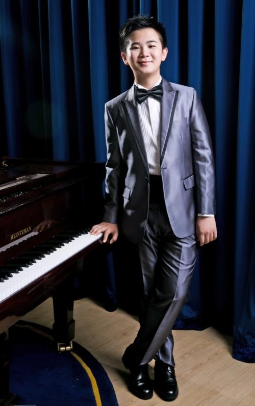 Thần đồng piano 13 tuổi Peter Leung