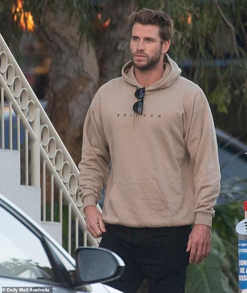 Liam xuất hiện ở Australia ngày 12/8.