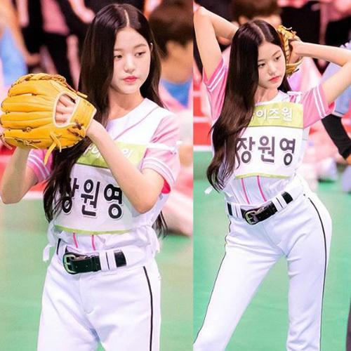 Jang Won Young là thí sinh nhỏ tuổi nhất tham gia thi đấu.