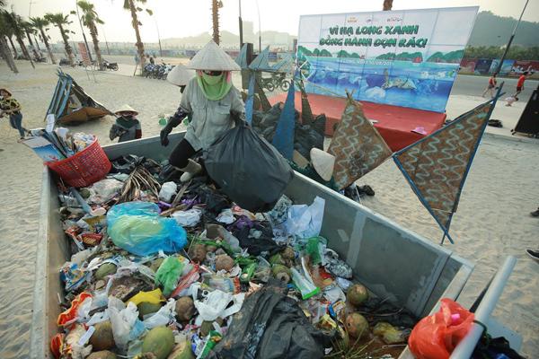Ngay sau khi kết thúc chương trình, rác thải thu gom được sẽ được chở để nơi tập kết để xử lý theo quy trình. Đại diện BTC kỳ vọng trong thời gian tới, sẽ có nhiều hơn những chương trình bảo vệ môi trường ý nghĩa, diễn ra định kỳ, để việc bảo vệ môi trưởng biển, bảo vệ không gian sống của chúng ta ngày một xanh sạch hơn.
