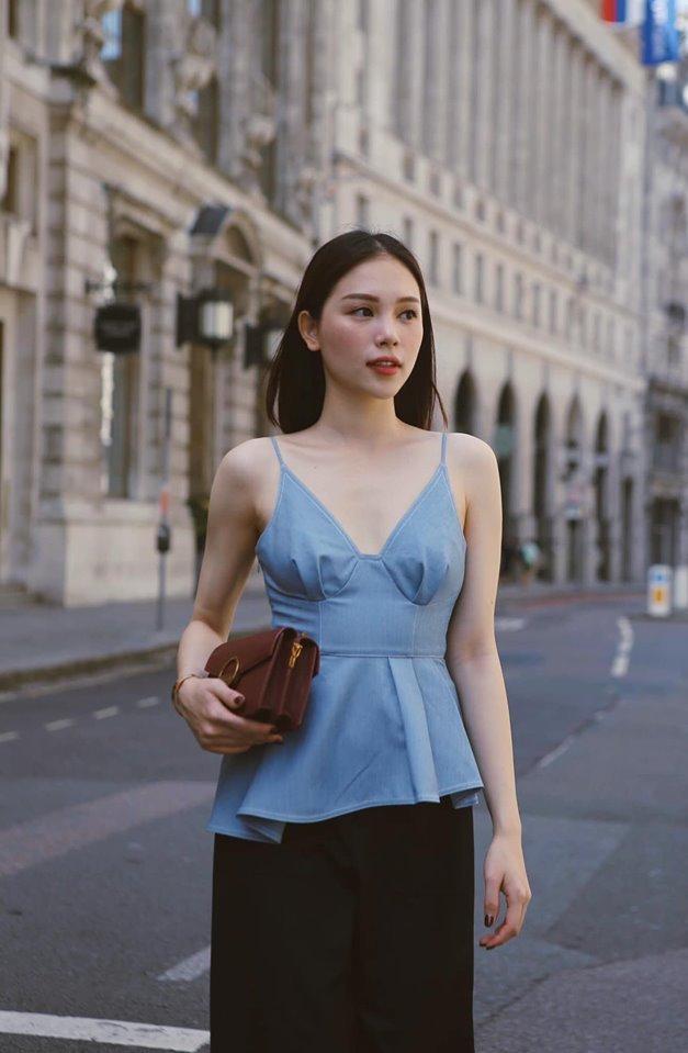 <p> Cô vừa trải qua 1 tháng du học ở London, Anh tại trườngUniversity of the Arts London. Tại đây, Linh Rin theo học khóa tập trung về kinh doanh thời trang, bổ sung kiến thức cho lĩnh vực cô dự định theo đuổi.</p>