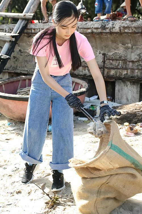 Helly Tống được xem là influencer hàng đầu cho các bạn trẻ về lối sống khỏe mạnh.