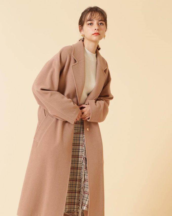 <p> Lina thường xuất hiện trên các tạp chí Nhật Bản như <em>Cyan, Young Gangan.... </em>Vẻ đẹp cùng thần thái high fashion khiến Lina ngày càng được săn đón.</p>