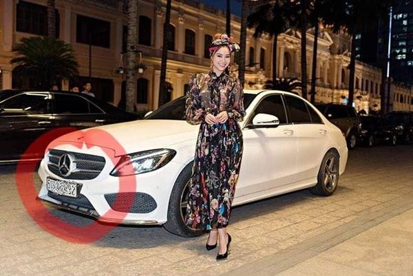 Chiếc xe từng được Lan Ngọc dùng để đi sự kiện.
