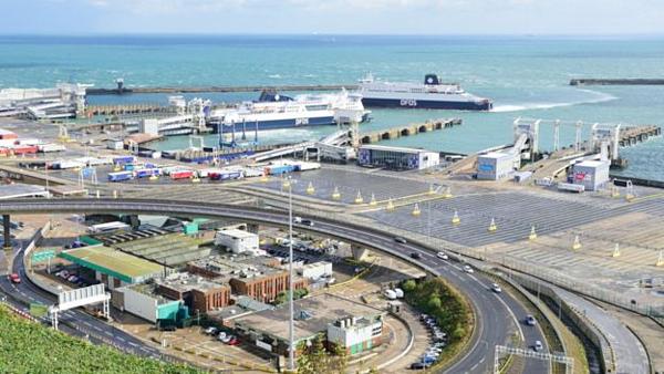 Cảng Dover, thuộc thị trấn Dover, hạt Kent, nơi Phong được tìm thấy trong cốp xe của một thanh niên Romania hồi tháng 5/2018.