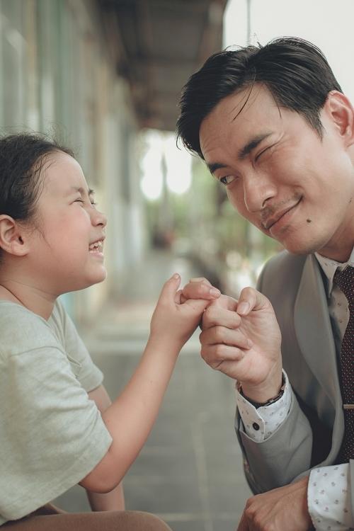 Kiều Minh Tuấn và bé Ngân Chi sẽ xuất hiện trong Nắng 3.