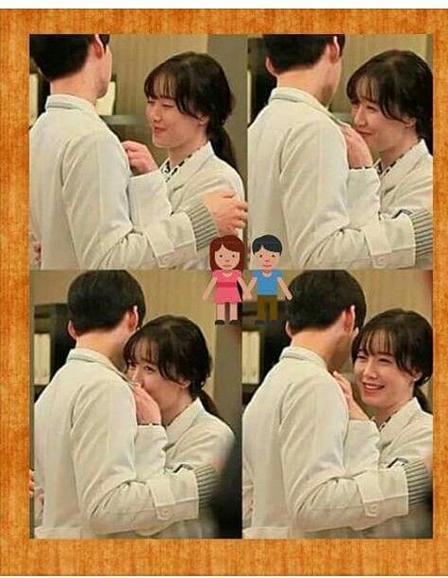 Ngay cả trong hậu trường phim, sự tấn công của Ahn Jae Hyun quá mạnh mẽ khiến cho Goo Hye Sun ngượng ngùng.