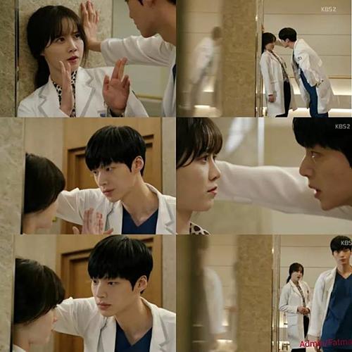 Sự tương tác giữa Ahn Jae Hyun và Goo Hye Sun trong phim rất tốt, tạo ra những phản ứng hóa học mãnh liệt. Điều này đã khiến cặp đôi bị đặt nghi vấn phim giả tình thật ngay sau khi Blood được phát sóng. Trong nhiều cảnh phim, Ahn Jae Hyun luôn dành cho bạn diễn ánh mắt nồng cháy, ngọt ngào.
