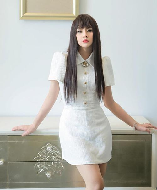 Duy Khánh được khen thần thái không kém mỹ nhân Thái Baifern Pimchanok với vai diễn Nira trong bộ phim đang hot Chiếc lá bay.