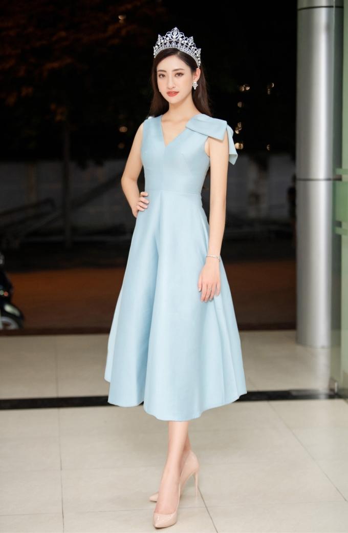 <p> Sau khi kết thúc những hành trình bên lề, Lương Thùy Linh sẽ bắt đầu chuẩn bị cho hành trình chinh phục Miss World vào cuối năm.</p>
