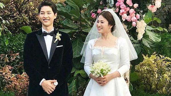 Đám cưới của Song - Song được tổ chức hoành tráng, trở thành tâm điểm Kbiz một thời gian dài.