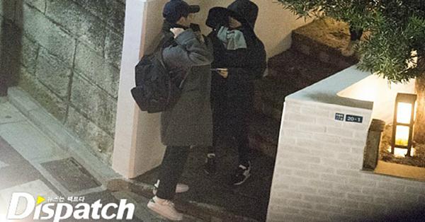 Truyền thông Hàn từng bắt gặp những buổi hẹn hò bí mật của Song Joong Ki và Song Hye Kyo...