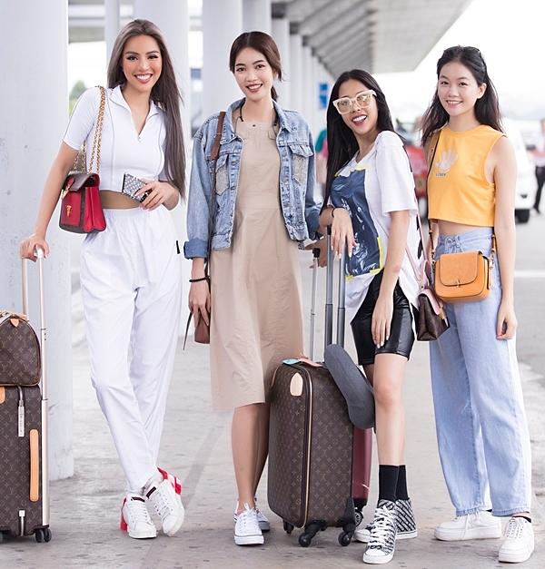 Khả Trang (ngoài cùng bên trái) lên đường sang Hàn tham dự cuộc thi mới.