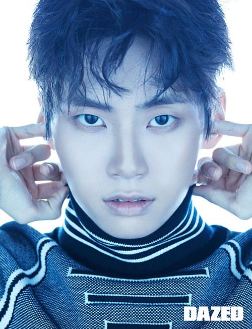 Nam idol bước ra từ Produce X 101 Lee Jin Hyuk.