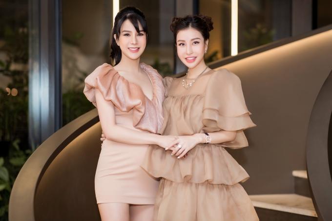 <p> Hoa hậu Lam Cúc.</p>