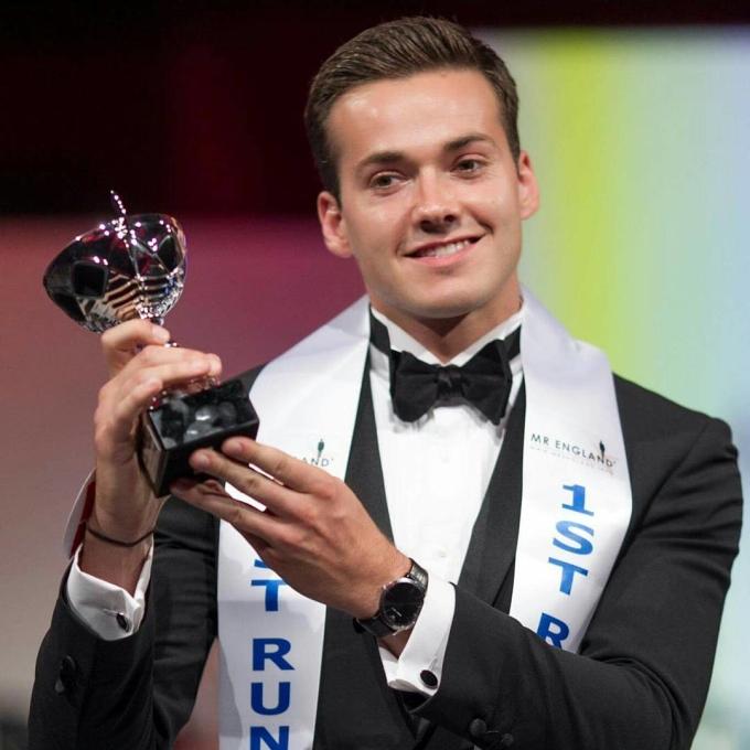 <p> Jack Heslewood chiến thắng trong cuộc thi quy tụ các thí sinh đến từ 71 quốc gia.</p>