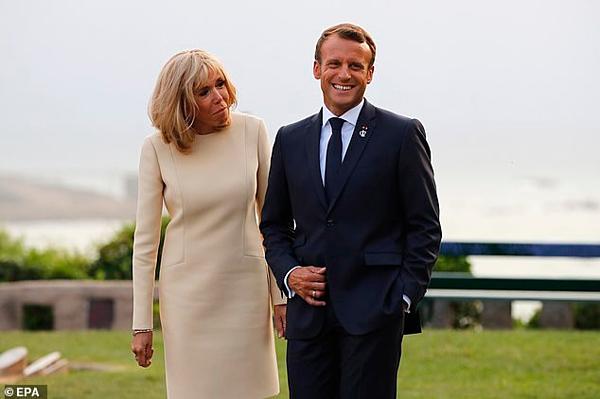 Tổng thống Pháp, Emmanuel Macron và phu nhân, bà,Brigitte Macron.