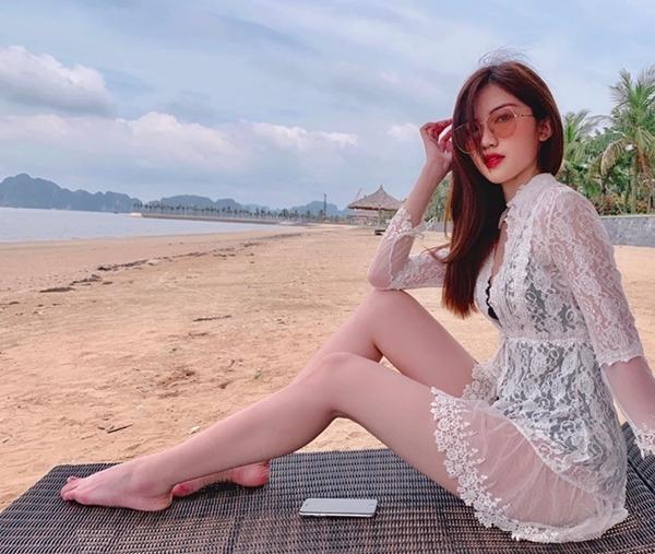 Sở hữu chiều cao 1,73 m cùng gương mặt xinh đẹp, Lương Thanh từng được kỳ vọng đạt thành tích cao tại các cuộc thi nhan sắc. Hồi đầu năm, cô đăng ký dự thi Hoa hậu Bản sắc Việt toàn cầu nhưng rút lui ngay sau đó vì lịch trình bận rộn.