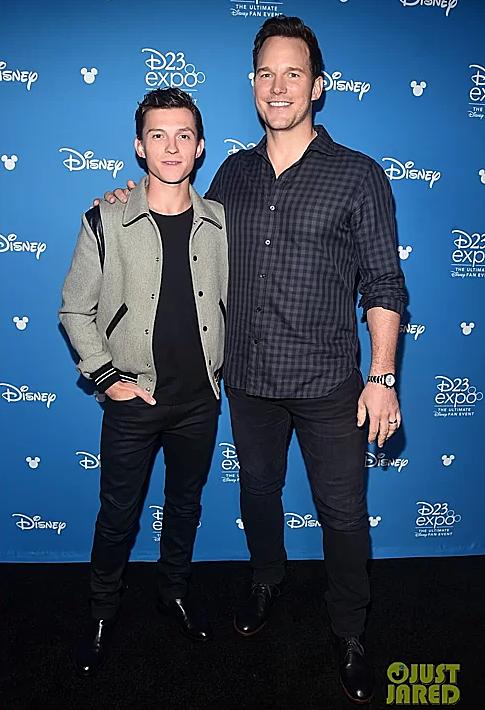 Tom Holland và Chris Pratt tại D23 Expo 2019 (Ảnh: Just Jared).