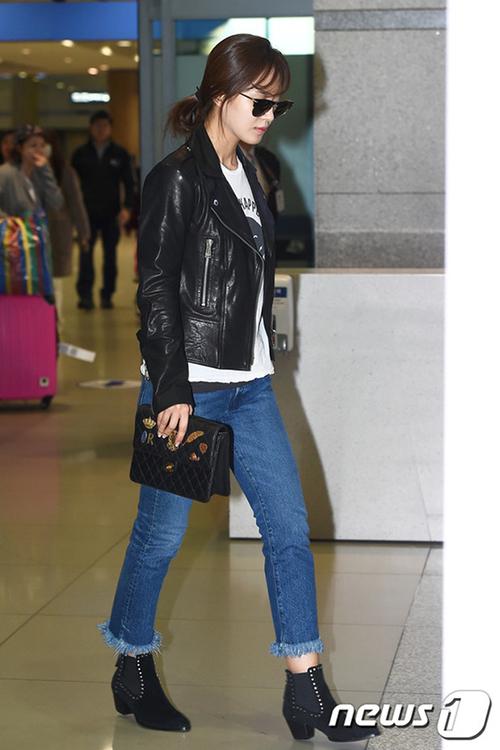 Yuri (SNSD) cũng là sao Hàn chịu chi cho túi hiệu độc quyền.