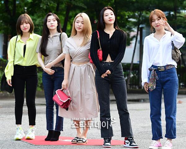 Red Velvet đang trong thời gian quảng bá ca khúc mới Umpah Umpah.