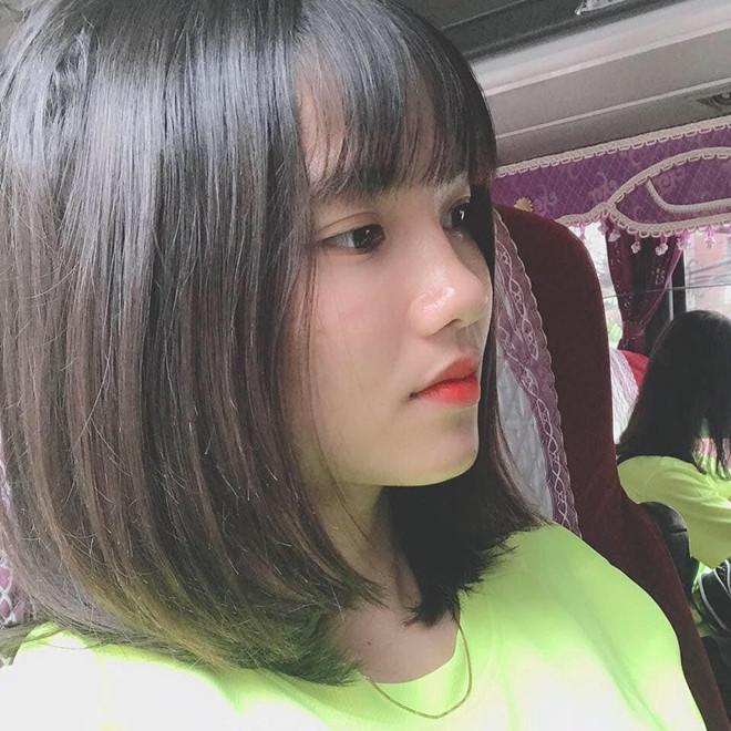 <p> Làn da trắng, sống mũi cao khiến Thanh Huyền được người hâm mộ gọi là hoa khôi của làng túc cầu Việt Nam.</p>