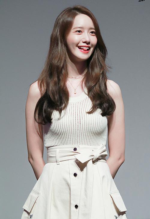 3 kiểu đồ yêu thích giúp Yoona hack tuổi - 6