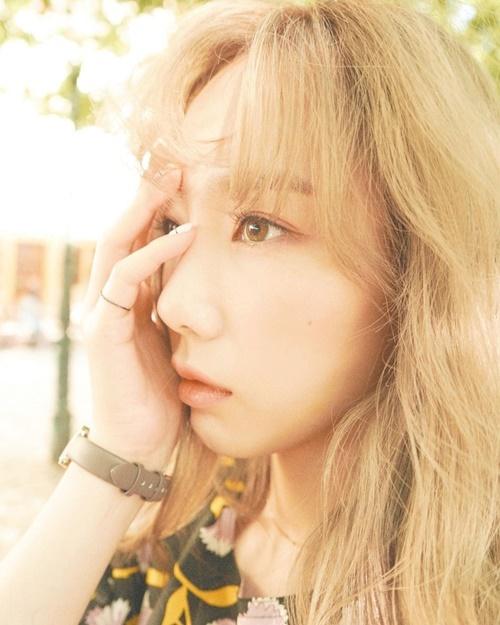 Tae Yeon có đôi mắt biết nói trong bức ảnh đầy cảm xúc.