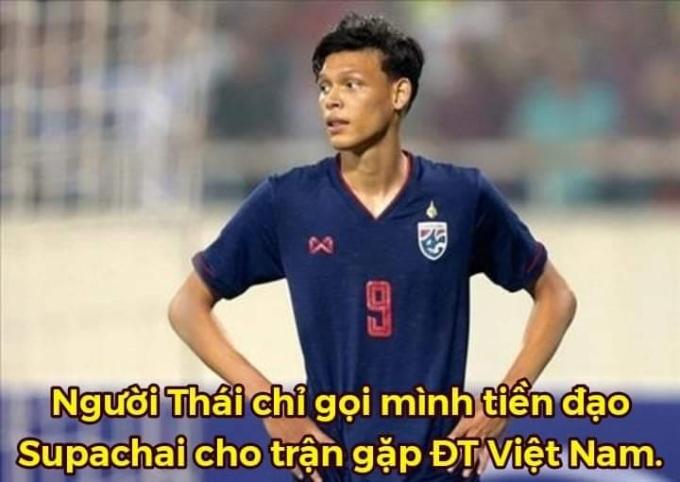 """<p> Supachai - cầu thủ nhiều """"duyên nợ"""" với ĐT Việt Nam là tiền đạo duy nhất của đội bóng Thái Lan.</p>"""