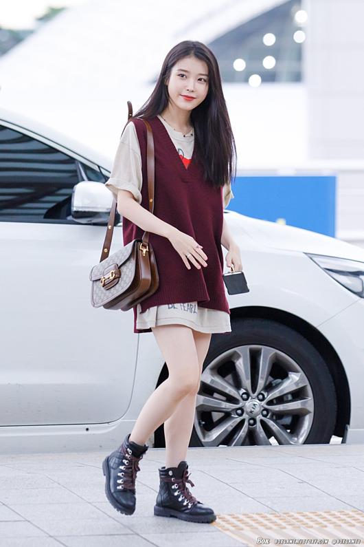 Chiều 4/9, IU xuất hiện tại sân bay Incheon. Nữ diễn viên lên đường