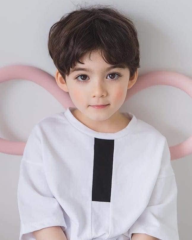 """<p> Chỉ mới 6 tuổi nhưngCooper Jian đã có """"thâm niên"""" với nghề mẫu bốn năm.</p>"""