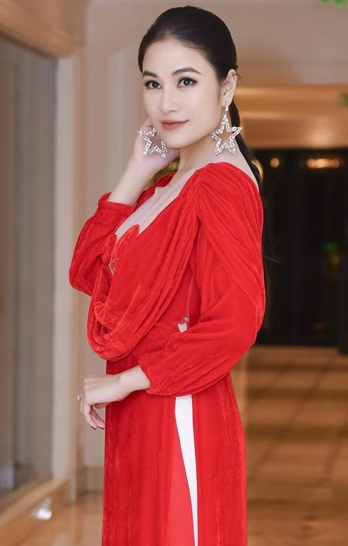 Hoa hậu Áo dài Tuyết Nga.