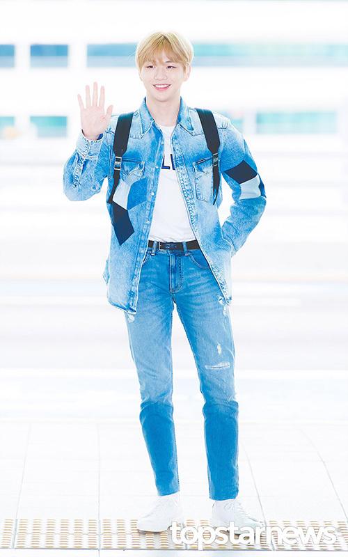 Kang Daniel được người hâm mộ tiễn khi lên đường sang Thái Lan.