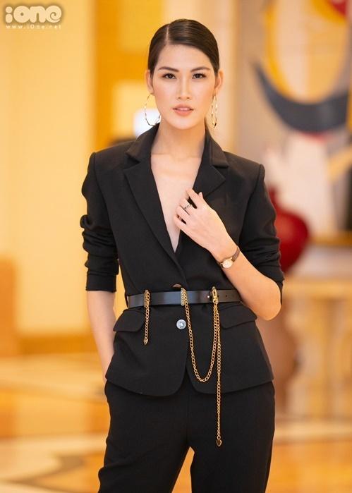 Ngọc Anh - Top 10 Hoa hậu Hoàn vũ Việt Nam - là gương mặt sáng giá trên các sàn diễn thời trang phía Bắc ở hiện tại.