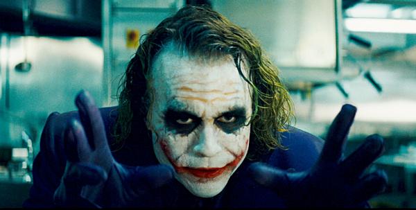 Heath Ledger trong vai Joker.