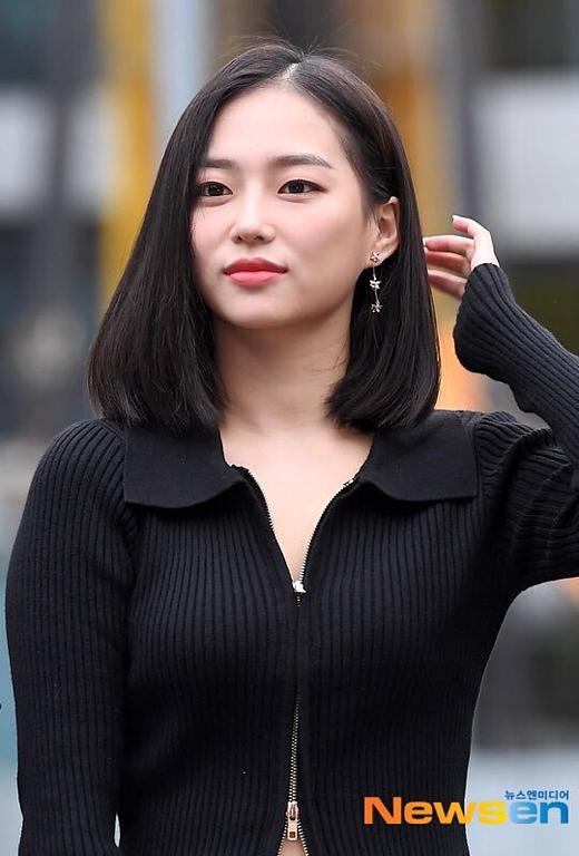 Ye Eun (CLC).