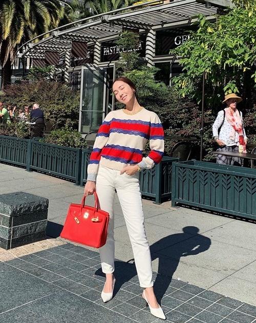 Jessica khoe style thanh lịch trên đường phố San Francisco, Mỹ.