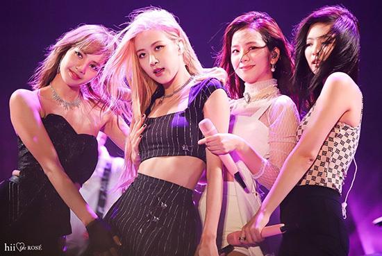 Cả 4 thành viên Black Pink đều có sức hút riêng.