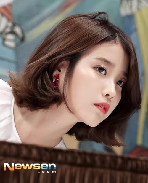 Bên cạnh đó, nhiều người cho rằng chỉ tóc ngắn mới giúp nữ diễn viên toát lên được hết khí chất của một em gái quốc dân.