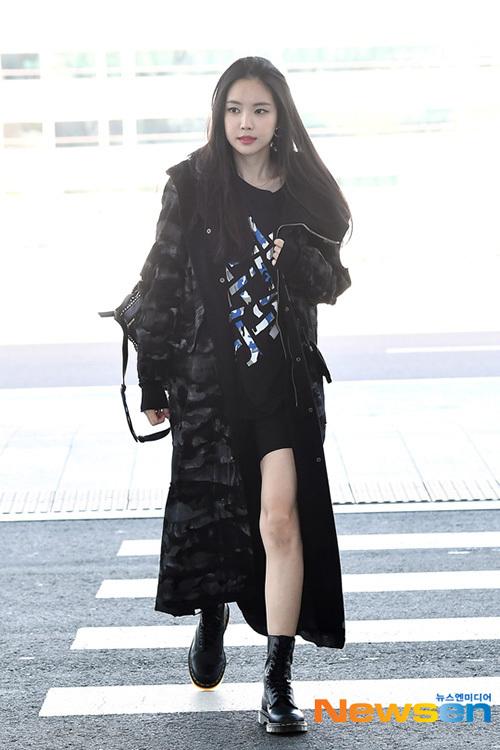 Na Eun (Apink) xuất phát đến Milan để dự tuần lễ thời trang.