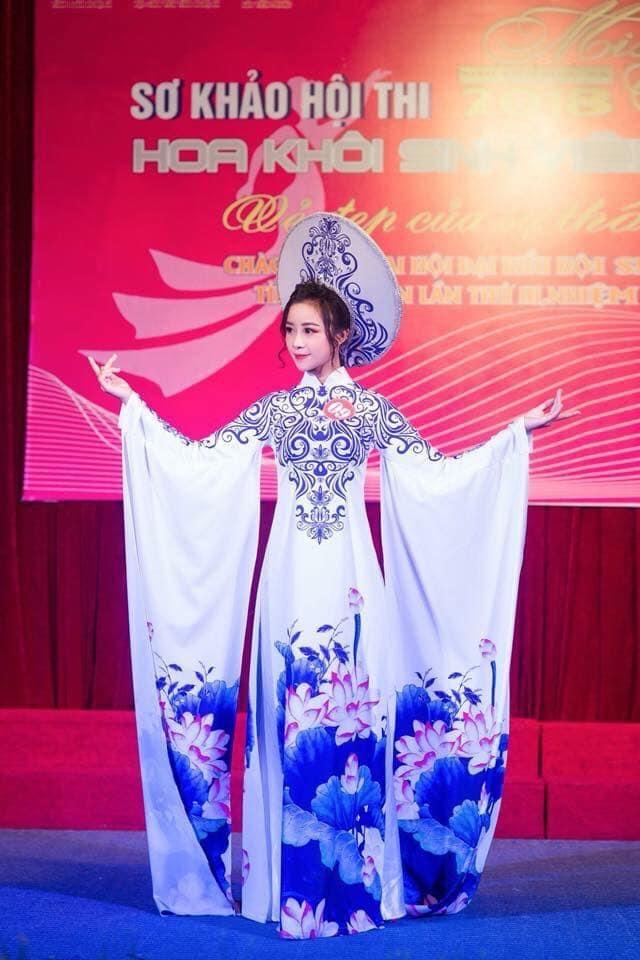 <p> Nhật Linh từng lọt vào top 14 cuộc thi Hoa khôi Sinh viên xứ Nghệ.</p>
