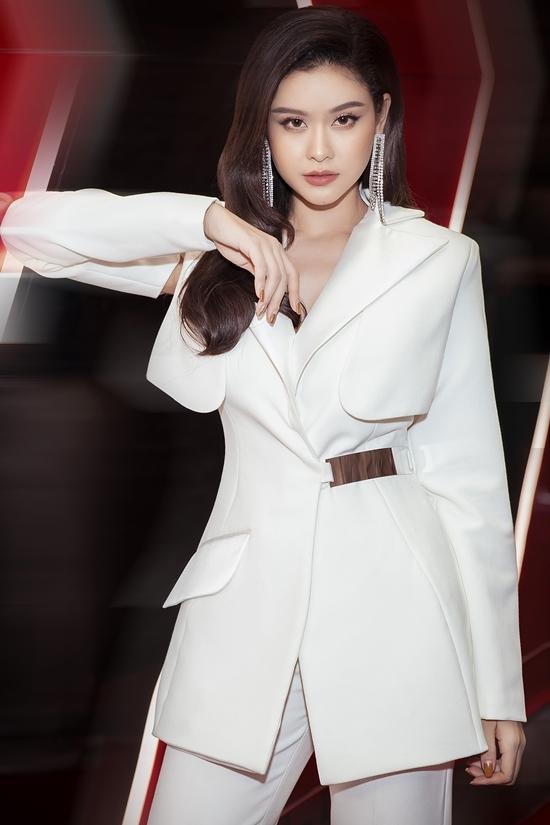 <p> Diễn viên - ca sĩ Trương Quỳnh Anh.</p>
