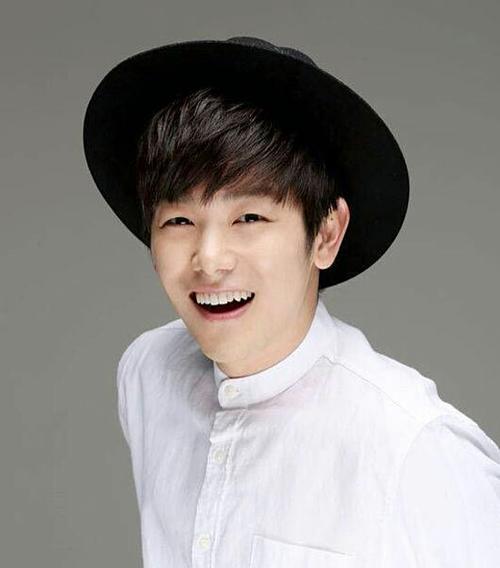 Nhìn mặt chỉ tên những nghệ sĩ solo trong Kpop (2) - 9