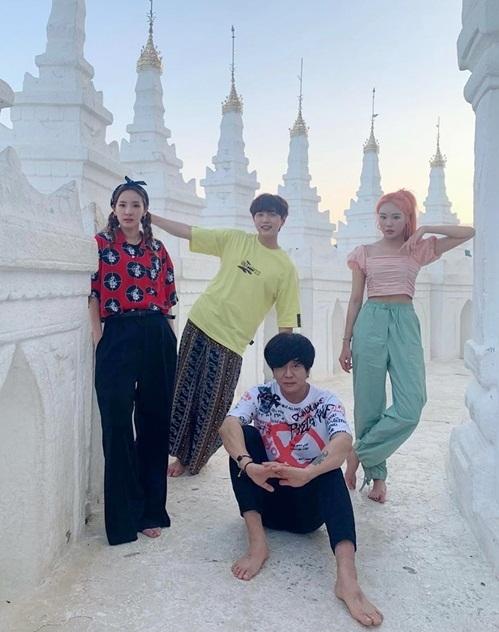 Dara, San Deul, Yoon Do Hyun và JooE đang ở Myanmar để ghi hình chương trình My Music Teacher, Mingalabar.
