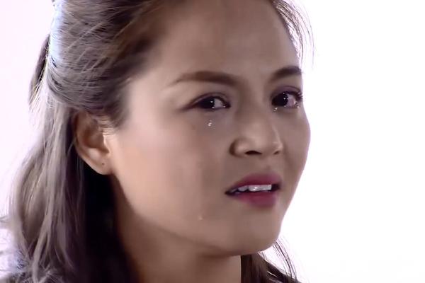 Thu Quỳnh khóc khi kể về chuyện cũ.