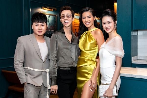 Các diễn viên Tiko Tiến Công, Hải Triều, Minh Tú và Quỳnh Anh (từ trái qua).