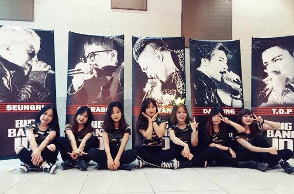 Các cô gái của M.S crew. (Ảnh:Fb M.S crew)