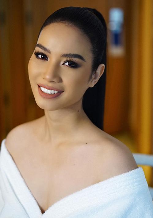 Ở độ tuổi 18, HLuai được cho vẫn còn khá trẻ để tham dự Hoa hậu Hoàn vũ Việt Nam. Tuy nhiên cô có thể là một gương mặt nhiều tiềm năng trong thời gian tới.