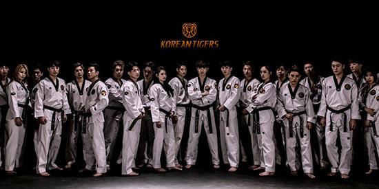 5 nhóm nhảy cover nhạc Kpop nổi tiếng ở châu Á