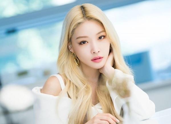 Chung Ha - nữ ca sĩ solo nổi tiếng hàng đầu hiện nay.